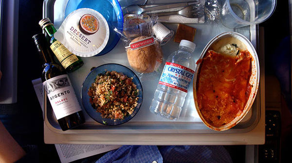 airplane-food-ss-001-596x33-8563-1403837