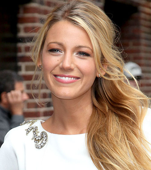 cos-12-blake-lively-white-e-3964-1403843