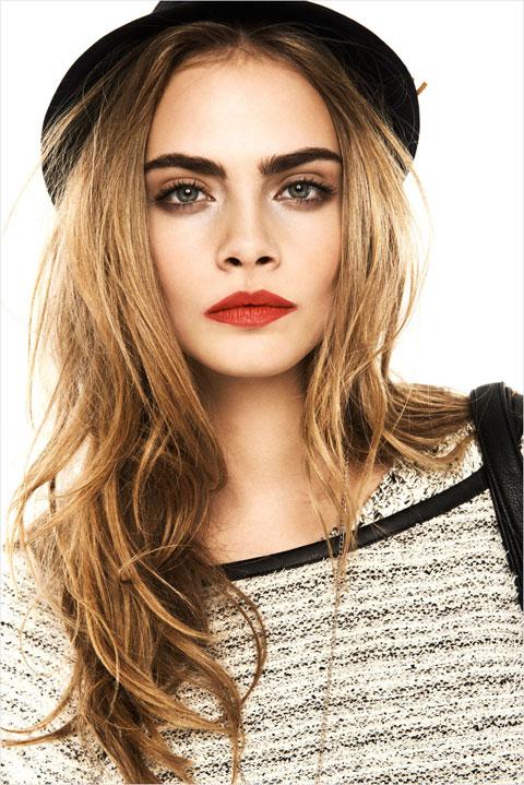 cara-delevingne-red-lips-5133-1404117125