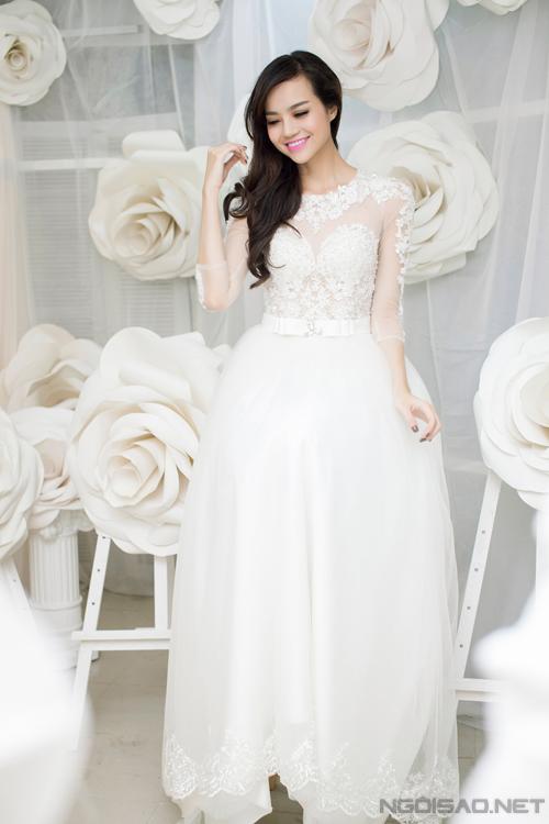Chọn váy cưới cùng người đẹp Kiều Ngân