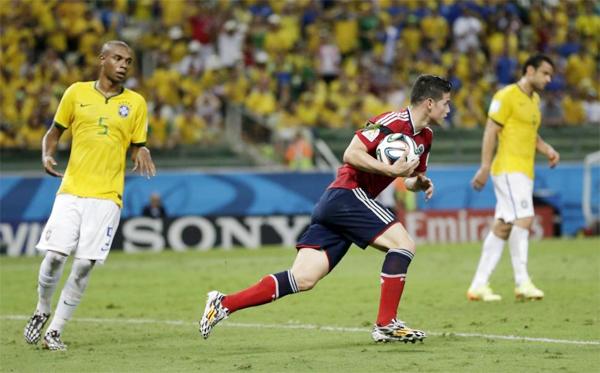 Pha lập công của sao Colombia diễn ra ở phút 80 nhưng cũng không giúp đội bóng của anh