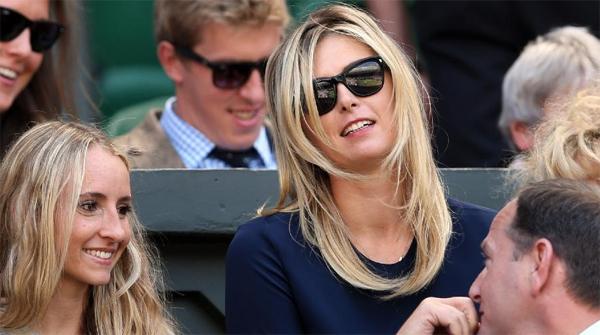 Nhà vô địch Roland Garros dừng bước tại vòng ba trước đối thủ người Đức, Kerber hôm 1/7 vừa qua nhưng vẫn ở lại Anh để tiếp thêm sức mạnh tinh thần cho bạn trai kém 4 tuổi.