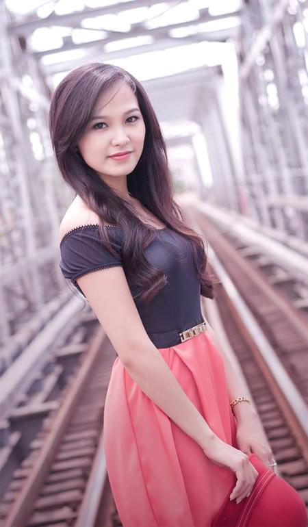 Hoang-Thuy-9097-1404872975.jpg