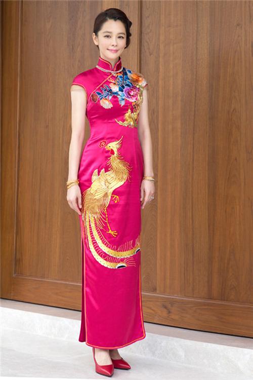 Váy cưới đẹp như Từ Nhược Tuyên