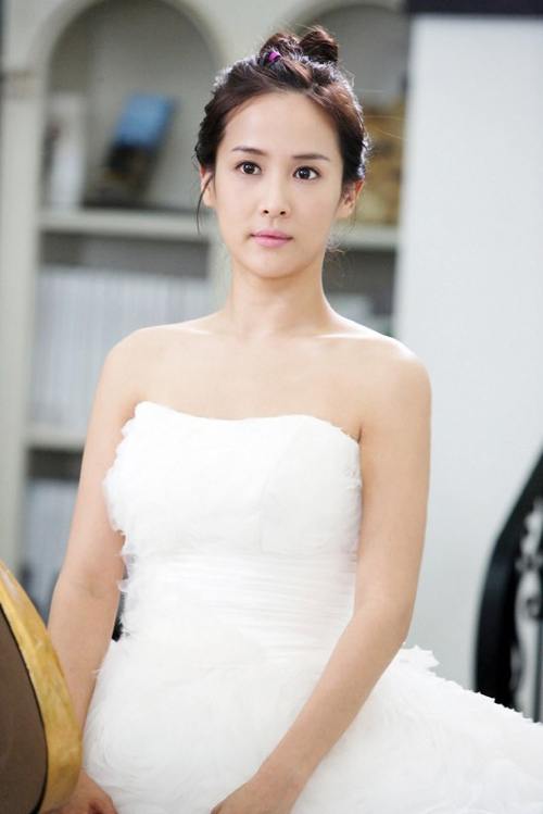 3 bước trang điểm như cô dâu Hàn Quốc
