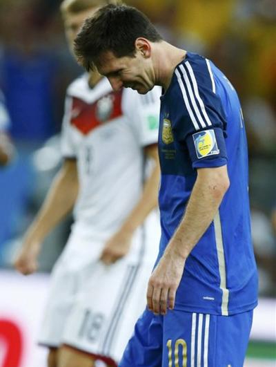 Nước mắt của các tuyển thủ Đức là niềm hạnh phúc vô bờ.
