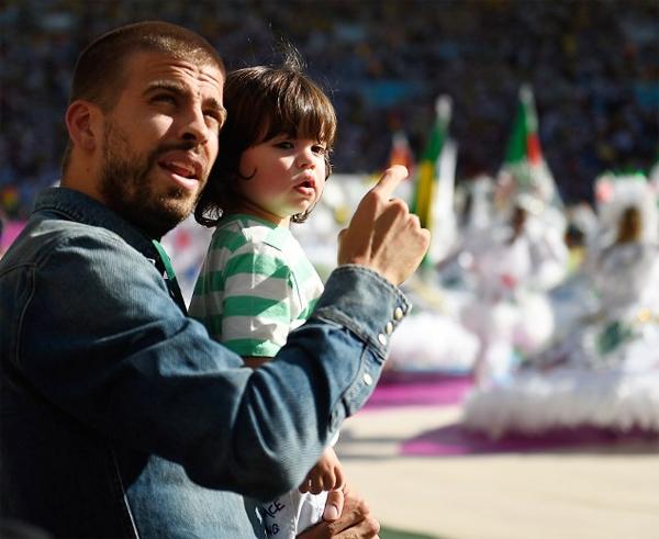 Thiên thần nhỏ của Pique là một trong những em bé hot nhất làng bóng đá.