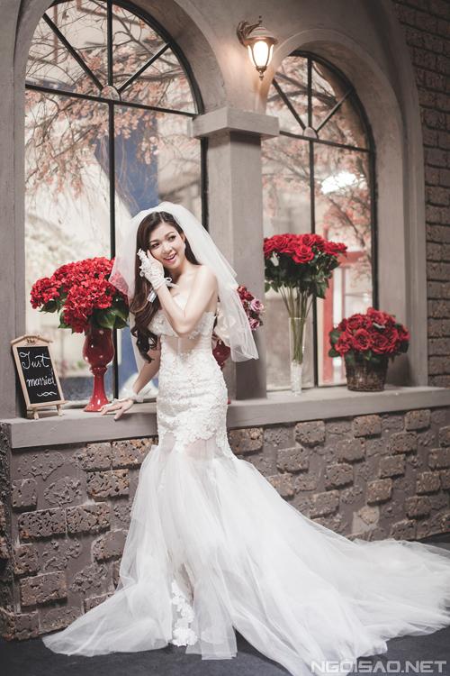 Chọn váy cưới cùng Phạm Thanh Thảo