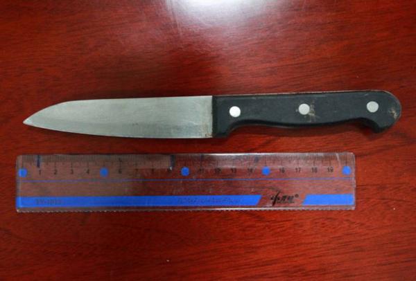 knife1-6092-1405389881.jpg