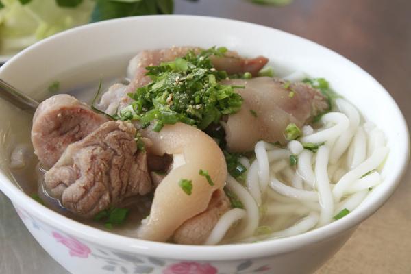 Bánh canh Trảng Bàng là món ăn đã được bình chọn vào danh sách 50 món đặc sản của Việt Nam.