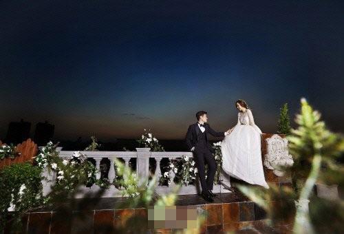 Park Ji Sung và người đẹp đồng hương kém 6 tuổi được cho là hẹn hò từ năm 2006 nhưng cả hai đều rất kín tiếng.
