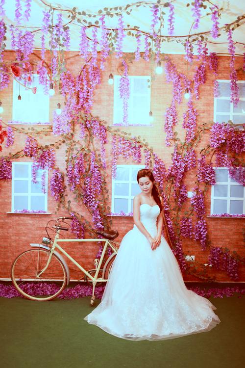 Bộ sưu tập váy cưới lãng mạn