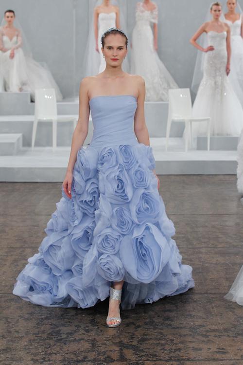 Cô dâu cá tính với 7 sắc màu váy cưới