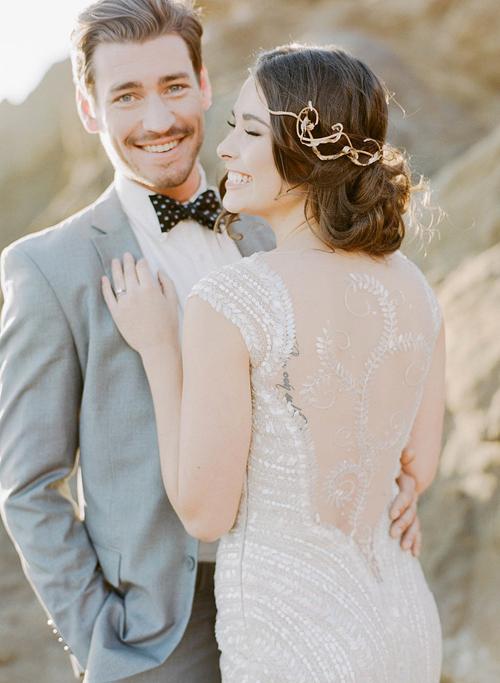 Đa số cô dâu và chú rể thường bị ép vào khuôn hình cứng nhắc quen thuộc trong bộ ảnh cưới.