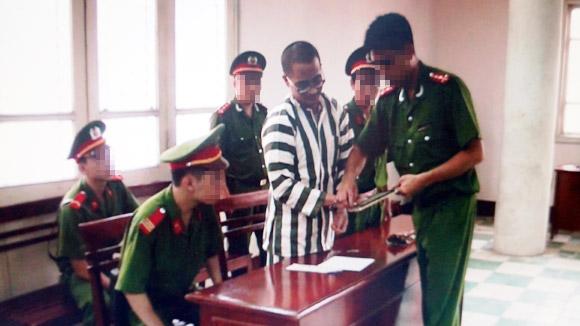 Cơ quan chức năng làm các thủ tục trước giờ thi hành án tử tù Nguyễn Đức Nghĩa