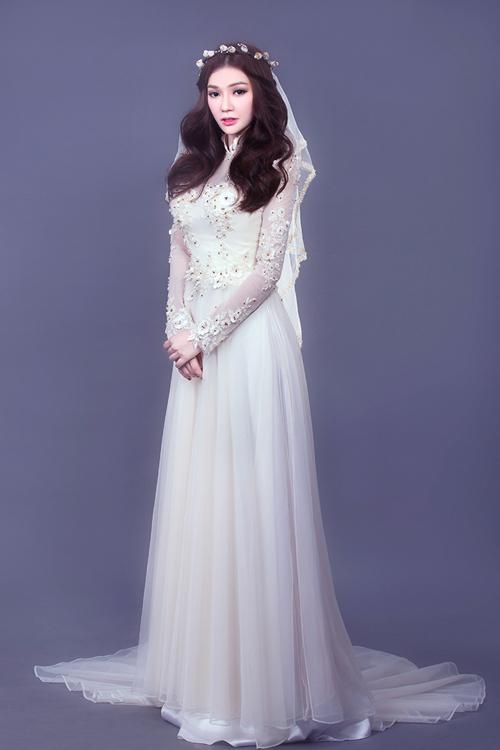 Thu Thủy gợi ý chọn áo dài cưới điệu đà