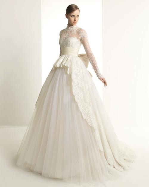 Grace-Kelly-lace-sleeve-wedding-dress-Ro