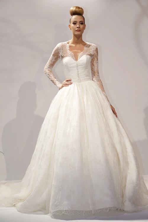 Kate-Middleton-lace-sleeve-wedding-dress