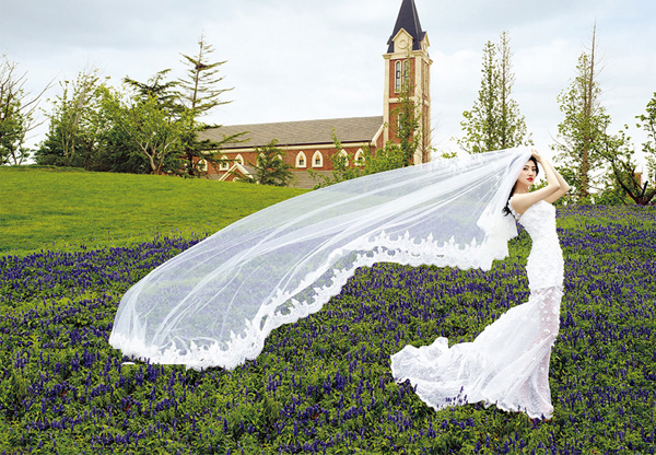 Chọn áo cưới đẹp như mỹ nhân Hoa ngữ