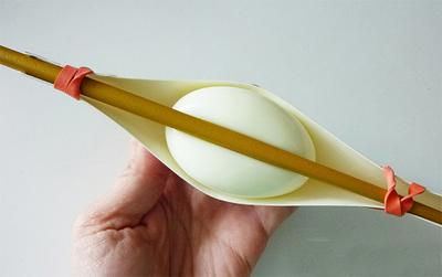 Tạo hình trái tim cho trứng