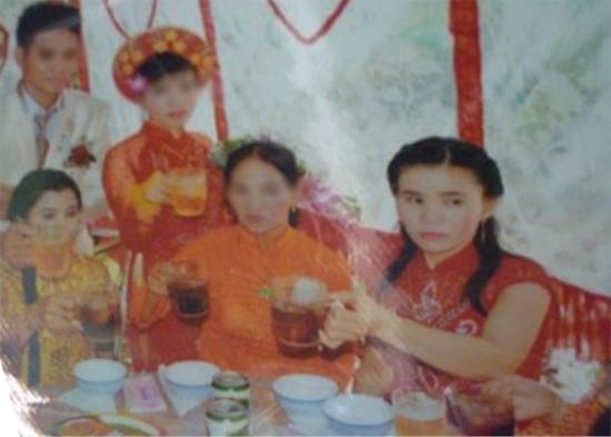 Hai cặp vợ chồng hoán đổi sống hạnh phúc ở Bình Định