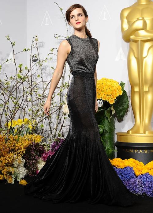 emma-watson-oscars-vera-wang-gown-2014-h