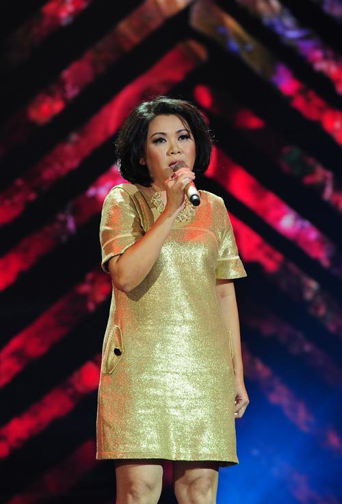 Trong liveshow 4, nhiều thí sinh cao tuổi có niềm đam mê ca hát đã có cơ hội thể hiện đam mê của mình. Anh Thi với ca khúc quốc tế