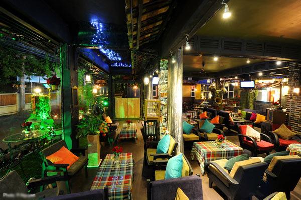 cafe-12.jpg