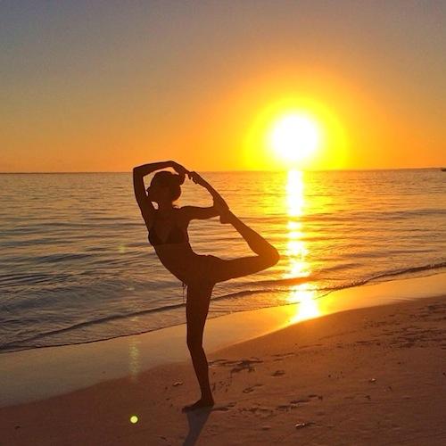 gisele-bundchen-yoga-instagram-6492-3622