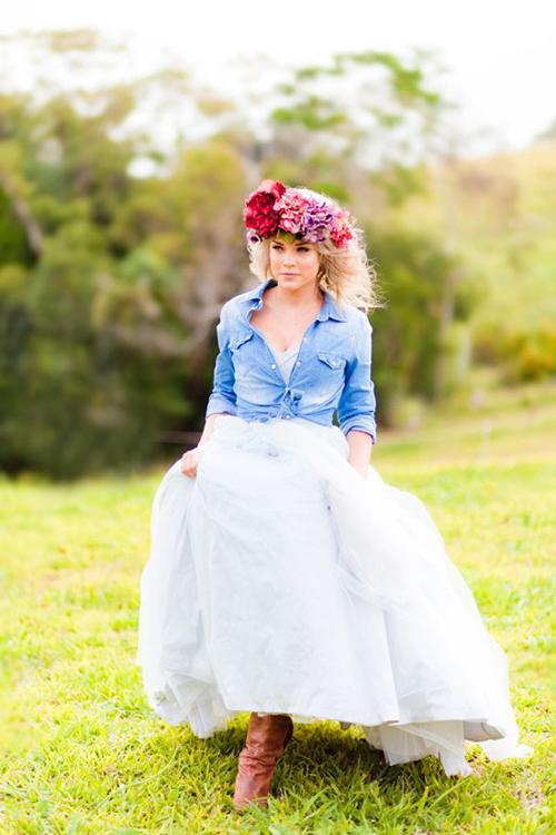 wedding-hair-flowers002-2213-1407122516.