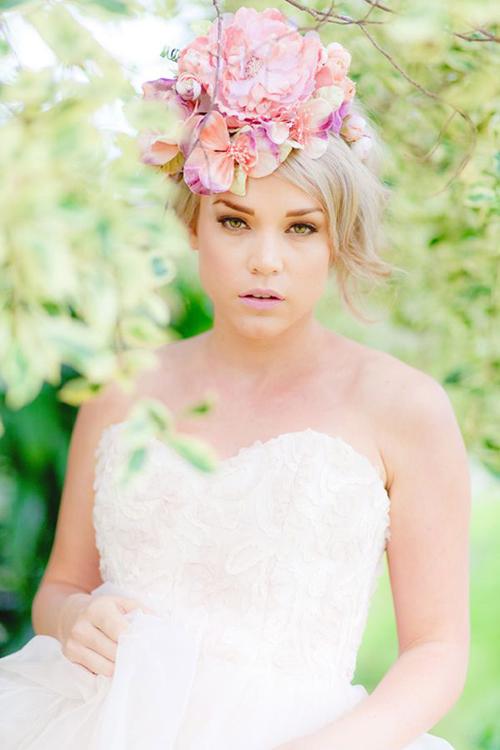 wedding-hair-flowers008-7745-1407122516.