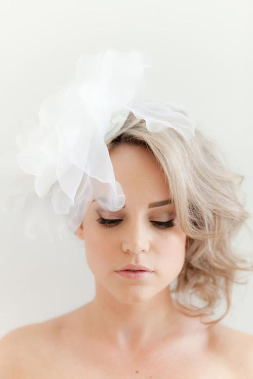 wedding-hair-flowers020-7879-1407122516.