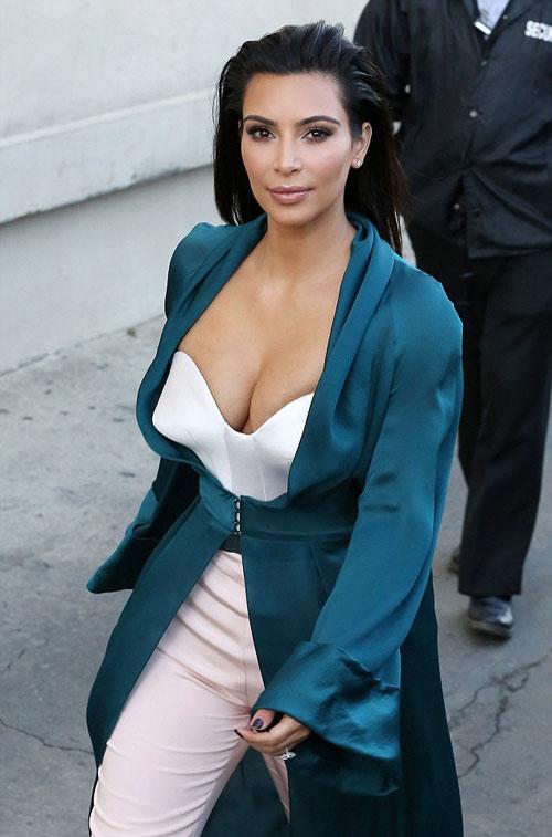 Kim-Kardashian3-7766-1407228769.jpg
