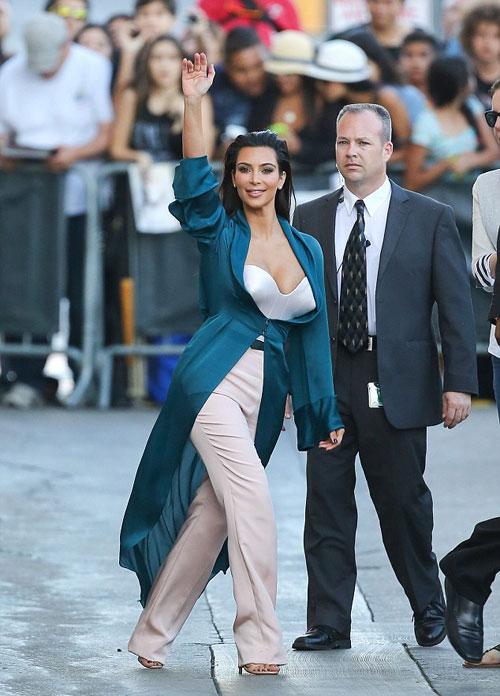 Kim-Kardashian4-8971-1407228769.jpg