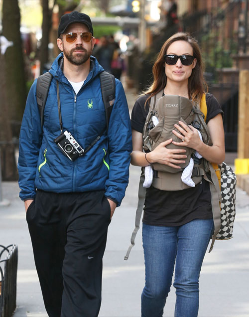 Bé Otis là con đầu lòng của cô và vị hôn phu - diễn viên Jason Sudeikis.