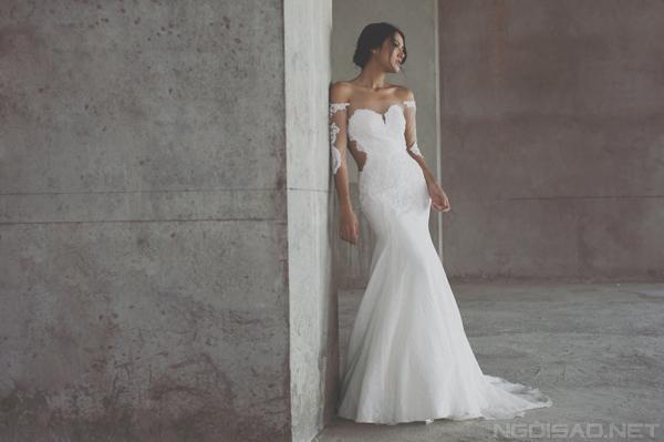 Trương Thanh Hải và váy cưới ren tinh xảo