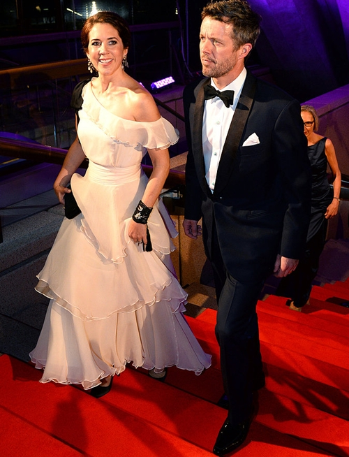 Mary-Frederik-dressed-up-Crown-Prince-Co