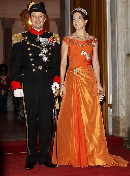 Princess-Mary-Queen-Margrethe-Hosts-New-