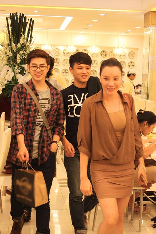 3 học trò xuất sắc của cô giáo Hồ Quỳnh Hương