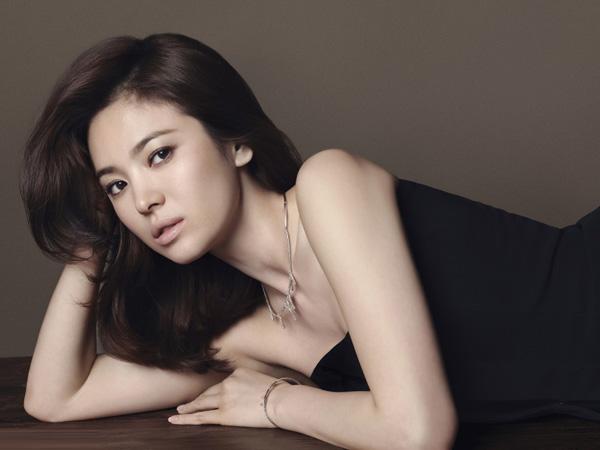 Vẻ đẹp của ba 'ngọc nữ' không dao kéo xứ Hàn
