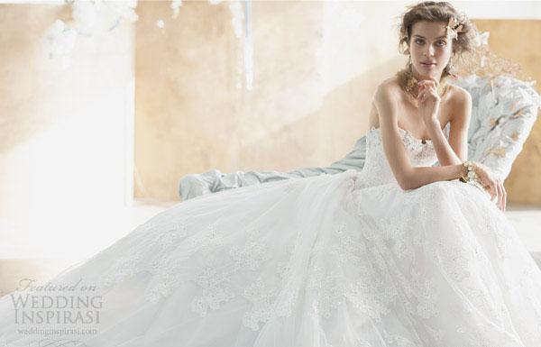 Váy cưới mơ màng sắc thu