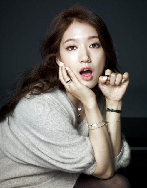 Park-Shin-Hye-trang-s-c-3216-1408335165.