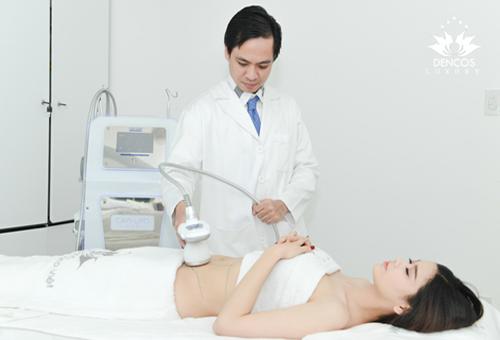 Trương Quỳnh Anh áp dụng giảm mỡ bụng bằng Cavi-Deluxe sau 4 tháng sinh con.