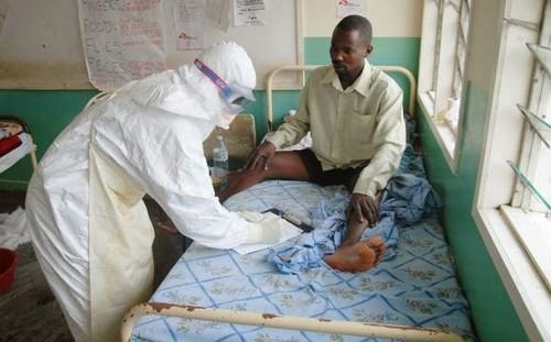 ebola1-2469-1407111673.jpg