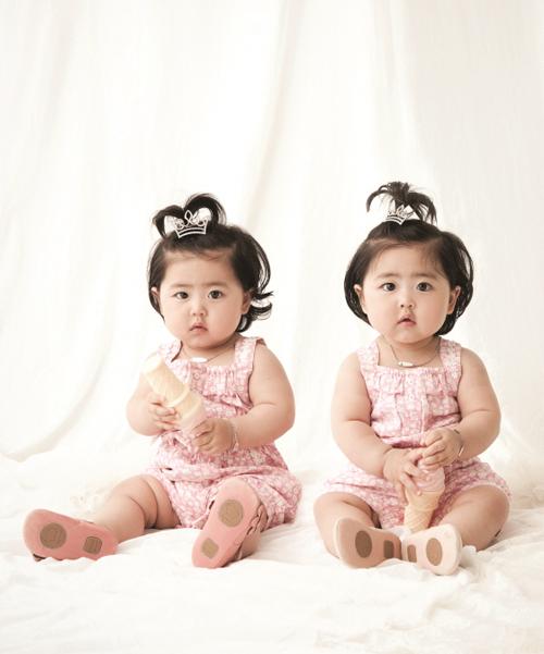 Con sinh đôi, sinh ba đáng yêu của sao Hàn