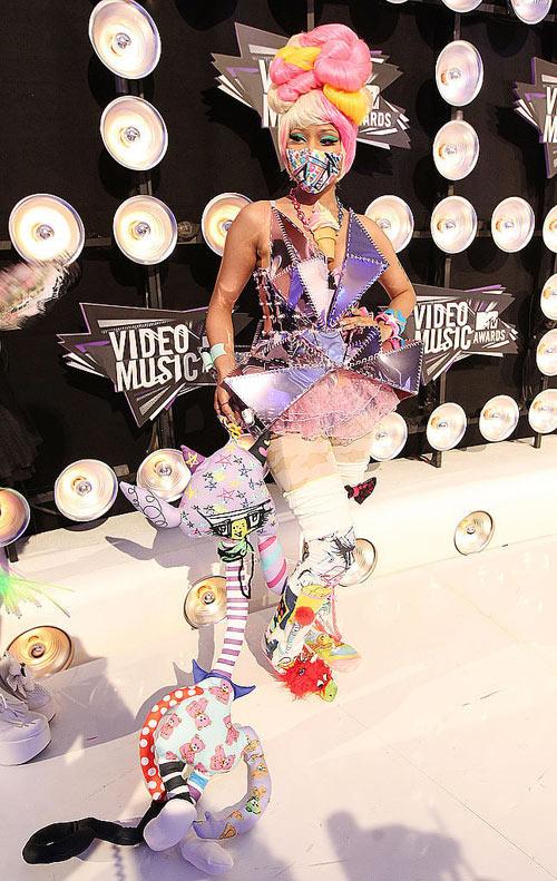 12-Nicki-Minaj.jpg