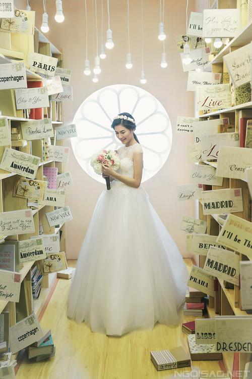 2 kiểu váy cưới lộng lẫy cho cô dâu Việt