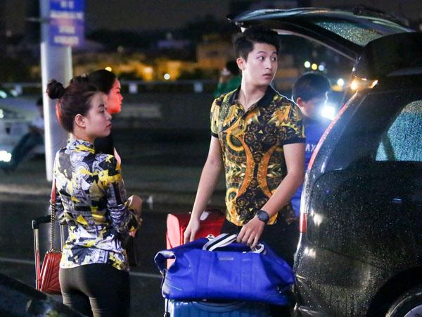 Hoàng Thùy Linh, Harry Lu đi Hàn Quốc lúc nửa đêm