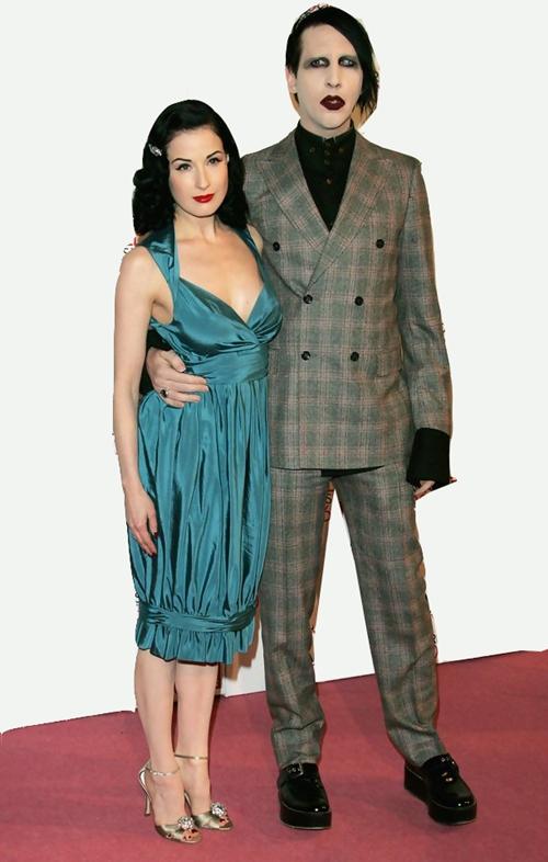 Marilyn-Manson-ELLE-Style-Awards-2006-Ar
