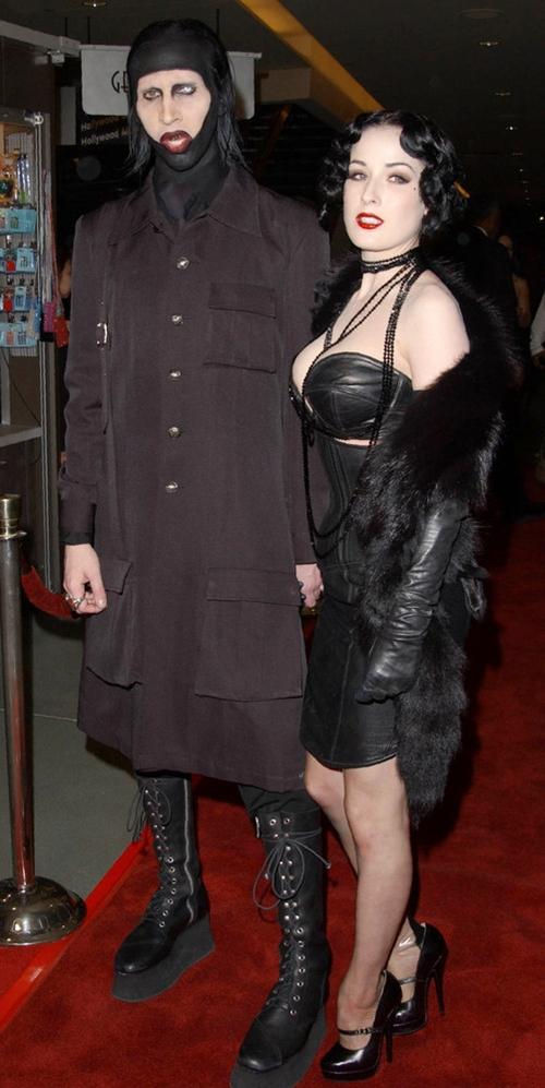 Marilyn-Manson-Premiere-Reside-7115-9128